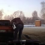 給油口にホースが届かないけど、ロシアでは問題なさそう(笑)