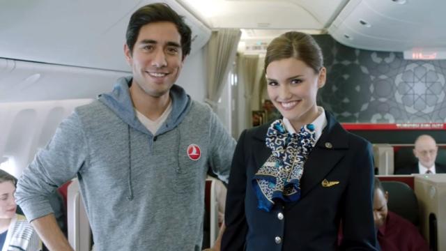 トルコ航空の機内安全ビデオがトリック満載で面白い!