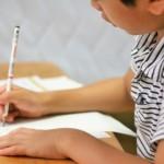 小学校の算数の宿題で出題された、大人も悩まずにはいられない「超難問」(笑)