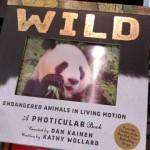 ページを開くと動き出すフォティキュラー技術を使った動物の絵本がスゴイ!