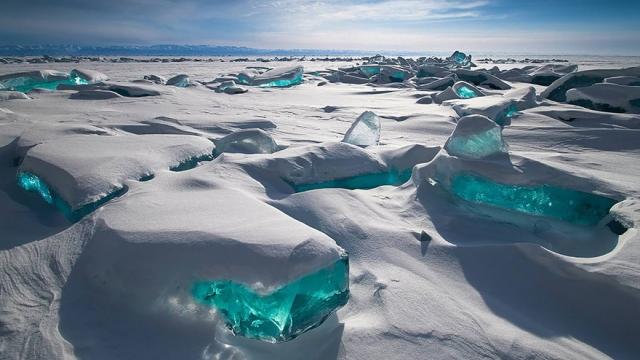 芸術的で美しい氷と雪のフォーメーション写真 30枚