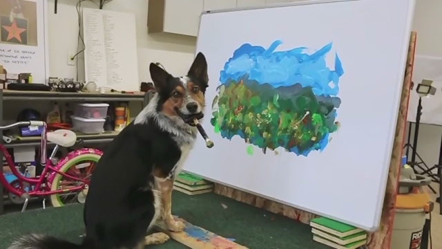 キャンバスに美しい風景画を描くワンちゃんがスゴイ!